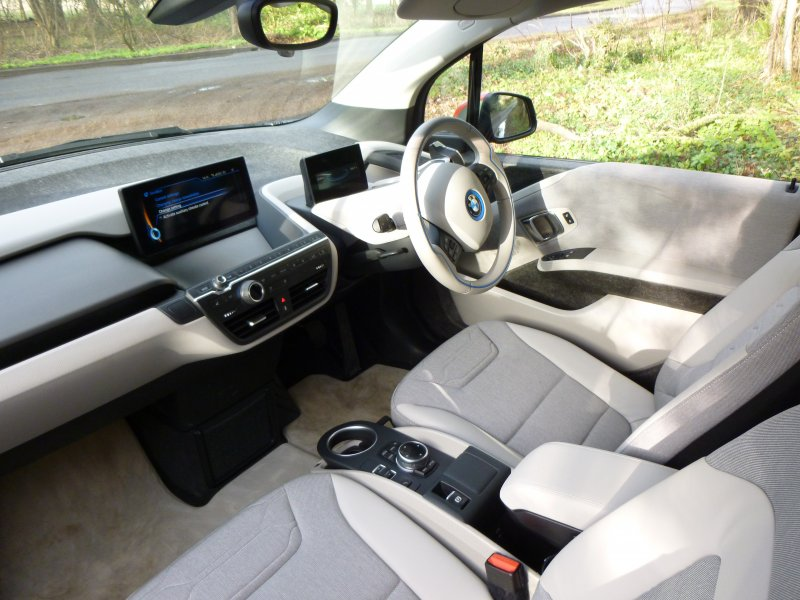2014 bmw i3 rex range extended electric car drive report party invitations ideas. Black Bedroom Furniture Sets. Home Design Ideas