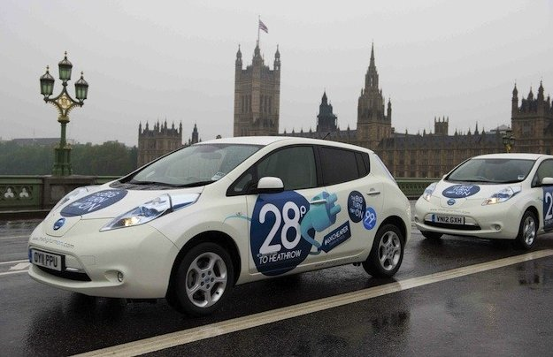nissan-leaf-london-tower-bridge-congestion-charge