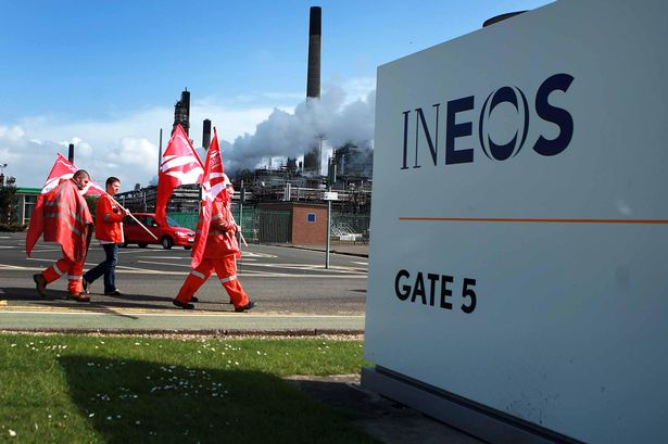 INEOS-Grangemouth-oil-refinery-striek-2013-unite