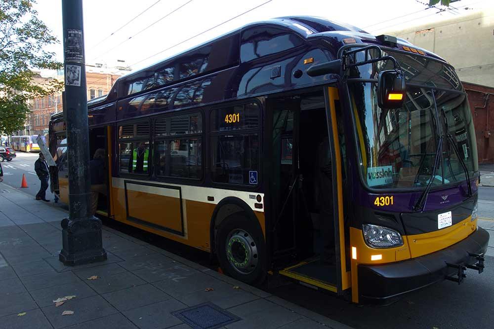 King_County_Metro_New_Flyer_Xcelsior_XT40